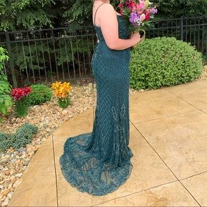 Sherri Hill prom dress- only worn once